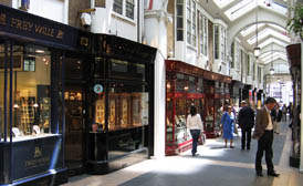 shops to let in London